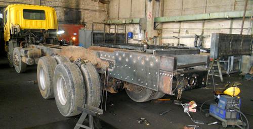 Удлинение заднего свеса рамы грузового автомобиля